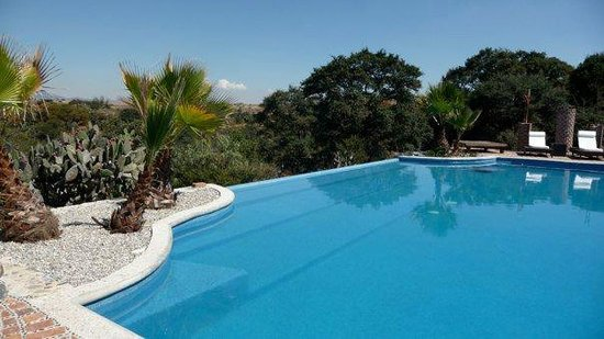 Rancho Las Cascadas - All Inclusive Boutique Resort : Unglaublich schöner Pool zur Entspannung