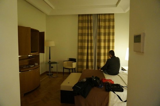 Fortyseven Hotel Rome: Our spacious room