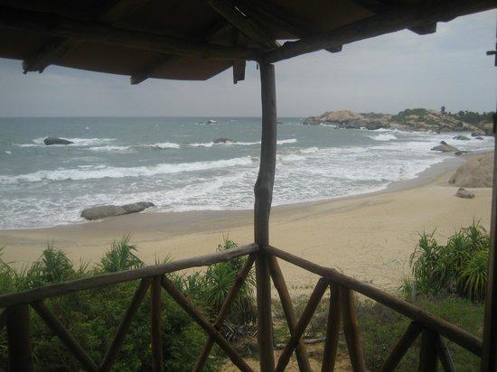 Kirinda Beach Resort: view from the whale room
