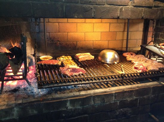 El Parrillon de Pablo Profumo: Our Meal Cooking!