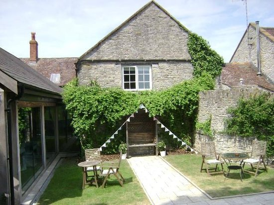 Northover Manor Hotel: Outside View