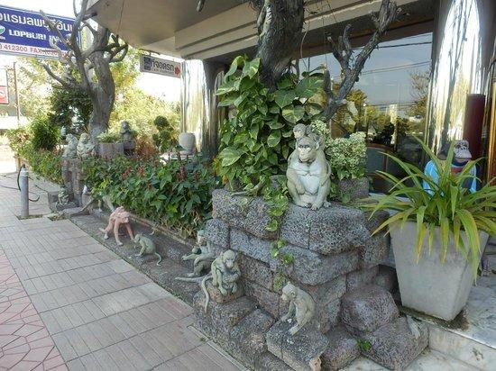 Lopburi Inn Hotel: 入口