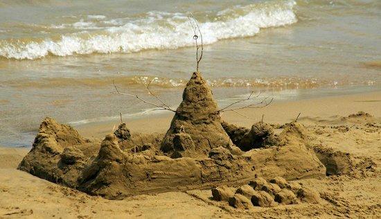 Faedra Beach Hotel : пляж у отеля
