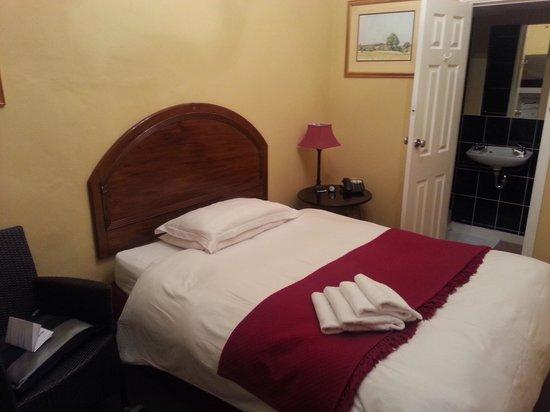Harmondsworth Hall : Room 10