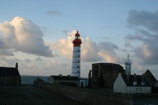 Hostellerie de la Pointe Saint-Mathieu : vue de ma chambre...évasion assurée