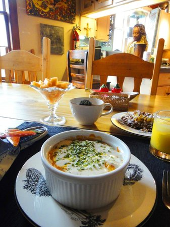 Adobe Abode Bed and Breakfast Inn : Big breakfast! You won't need to eat until 5 in the afternoon!