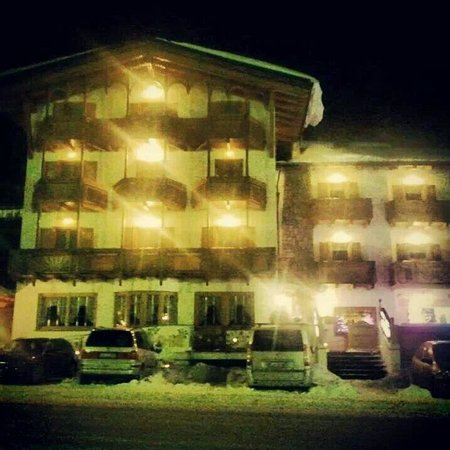 Hotel sole di sera