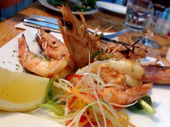 Ball and Chain Grill : Prawn entrée