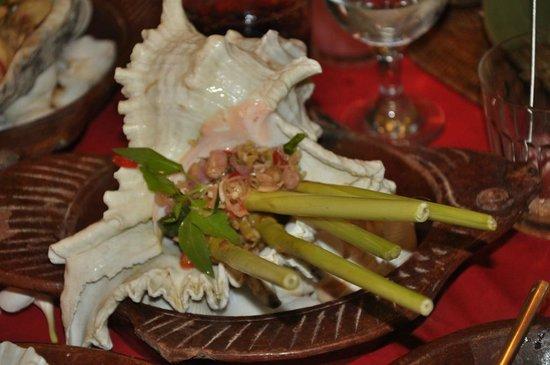 Lara Djonggrang: Sate Lilit Ikan Gianyar. This is fish satay.
