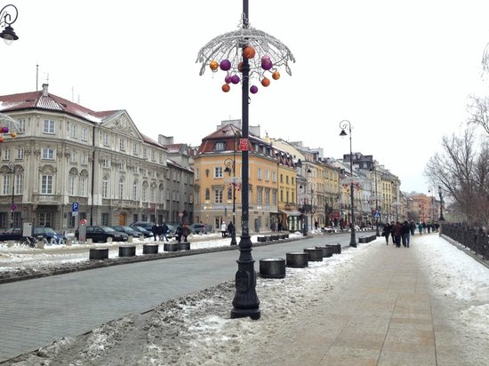Polonia Palace Hotel: Approaching The Old Town