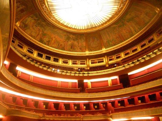 Théâtre des Champs-Élysées: Theatre des Champs-Elysees: interior of the dome before the show