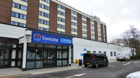 Travelodge Gatwick Airport Central: Hotel view from outside