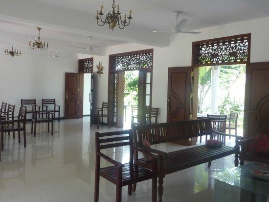 Sobaco Nature Resort : номера на втором этаже, а первый такая вот гостинная