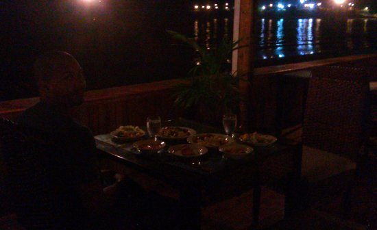 Turtle Beach by Rex Resorts: My baby and I decided to dine on the deck.. Serenity and Romance at its best!