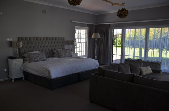 Whale Rock Luxury Lodge : bedroom