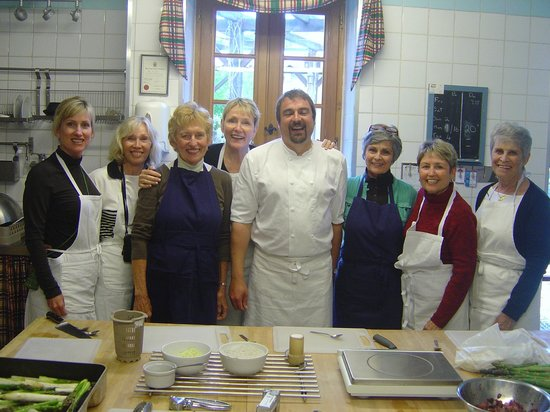 Saint-Cyprien, France : Weekly cookery course at Le Chevrefeuille
