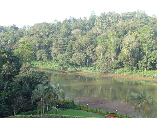 Cinnamon Citadel Kandy: river view
