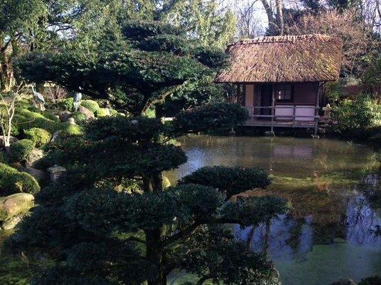 Belmond Le Manoir aux Quat'Saisons: Japanese garden