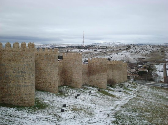 The Walls of Avila : Muralha de Avila