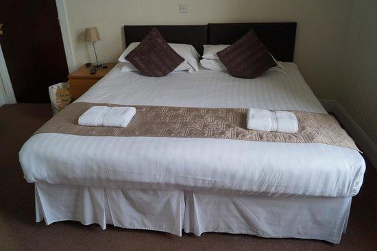 Maranatha House: Bed