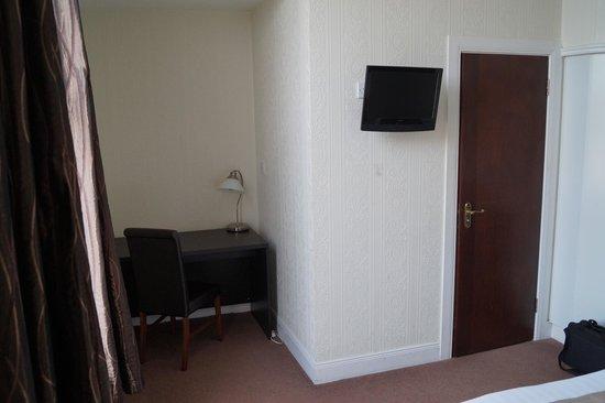 Maranatha House: Room