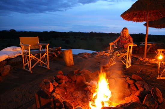 Singita Faru Faru Lodge: The firepit.