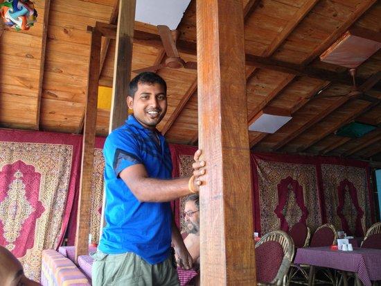 "Fernandes Wooden Cottages: FRIENDLY STAFF "" ESSASH """