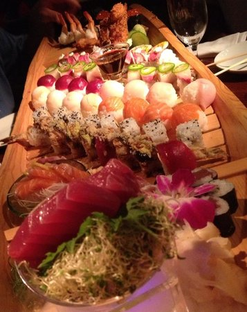 Ambrosia: That's a sushi boat! Wow!