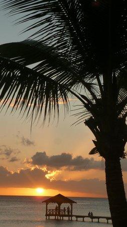 Catalonia Gran Dominicus : coucher de soleil sur la mer