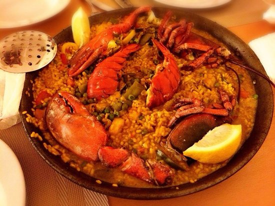 La Parrala Paella Resto Bar : lobster paella so delicious
