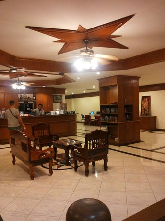 Manohra Cozy Resort: Hall