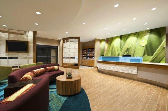 SpringHill Suites Jackson Ridgeland/The Township at Colony Park: Lobby
