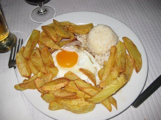 Restaurante Tronco: bistecca di maiale con uovo