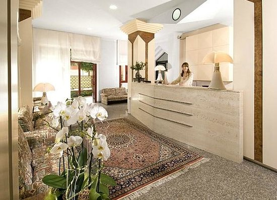 Hotel Giancarlo: Reception