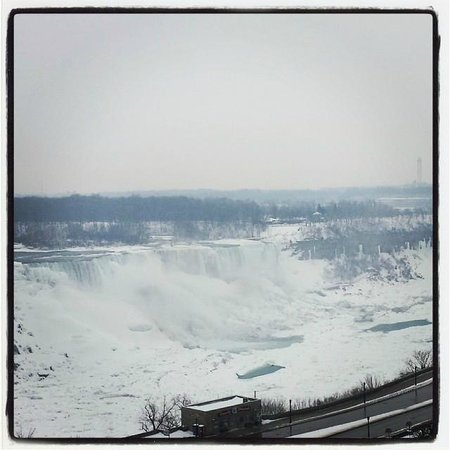 Crowne Plaza Niagara Falls - Fallsview : The view from our hotel room