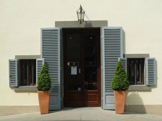Villa Montarioso: Entrada do hotel