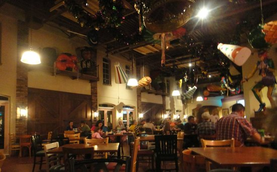 Disney's Port Orleans Resort - French Quarter: Dining area