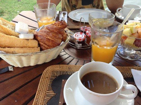 Alamanda Resort: Завтрак