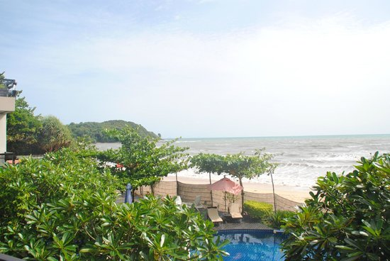 Maya Koh Lanta Resort: view from the room