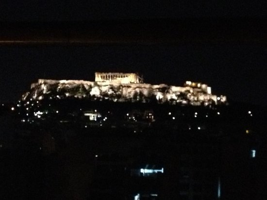 Dorian Inn Hotel Athens: Roof Top View at Night