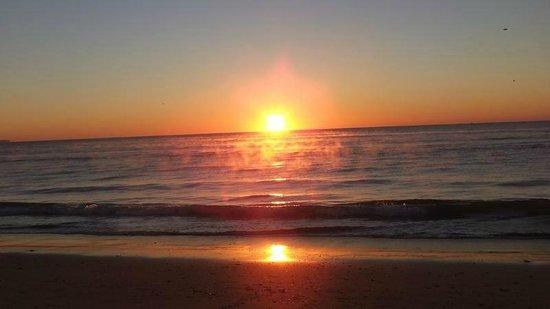 Sunrise on Meia Praia
