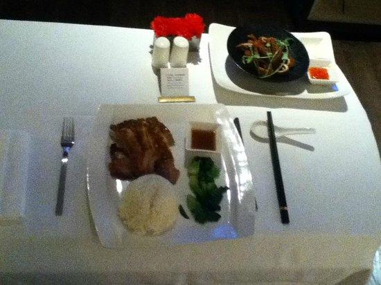 Jumeirah Himalayas Hotel Shanghai: Dinner