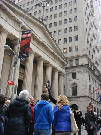 New York Highly Rated Tours : Tour of Wall Street
