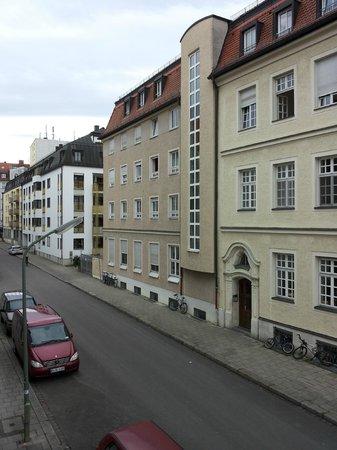 Hotel Prinz : Улица рядом с отелем