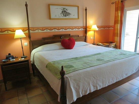 Royalton Hicacos Varadero Resort & Spa: lit king