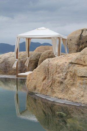 L'Alyana Ninh Van Bay: Beach/Pool