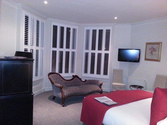 The Roseate Villa Bath: room