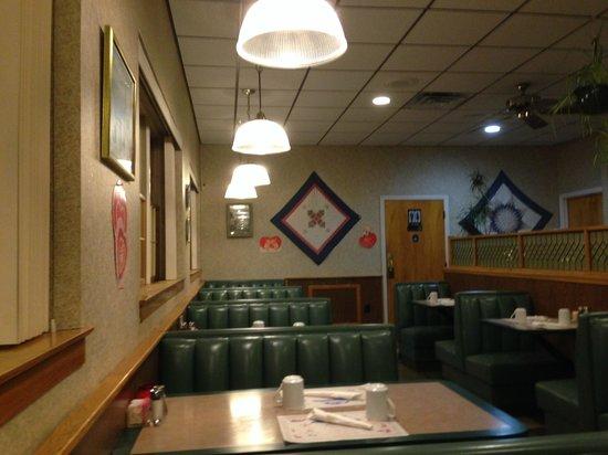 Blue Mountain Family Restaurant @ 24 Roadside Dr, Shartlesville, PA