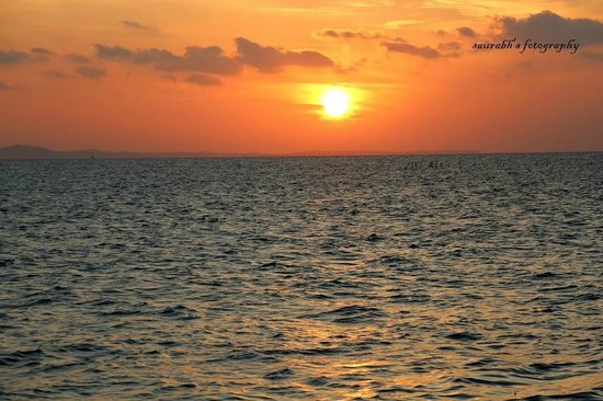 Bintan Laguna Restaurant and Resort : Sunrise