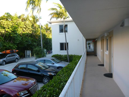 Sunset Beach Inn: This is the block in the parking lot that contains rooms 107 and 208.